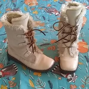 Light Tan Winter Boots